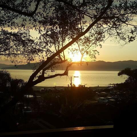 Suas férias na beira do mar em Florianópolis