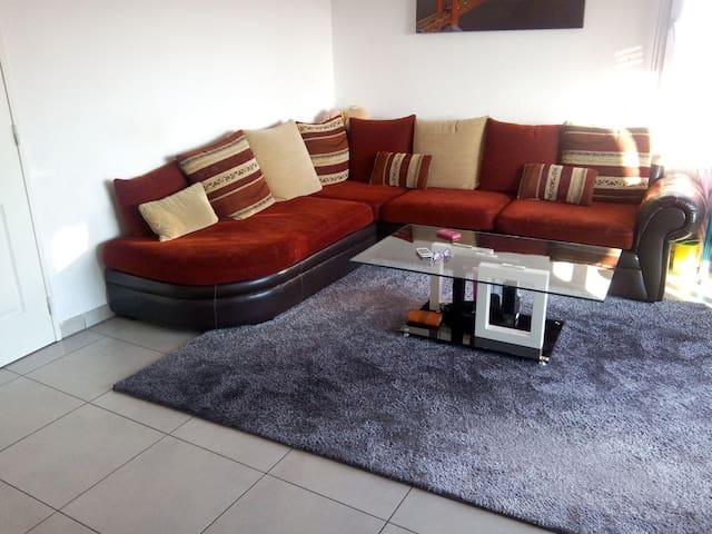 Logement très spacieux et proche ville - Hœnheim - Apartment