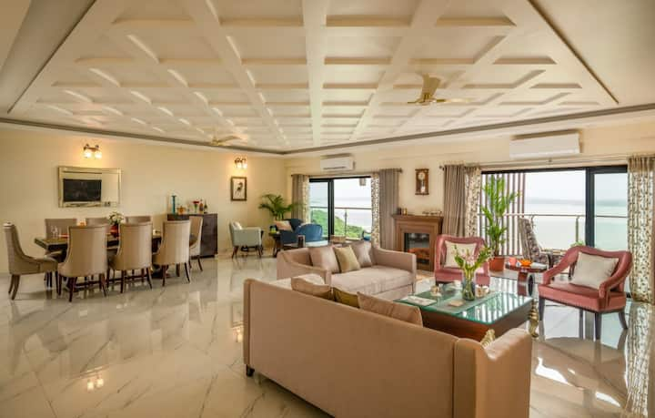 Ultra-luxurious 4bhk Sea facing Penthouse