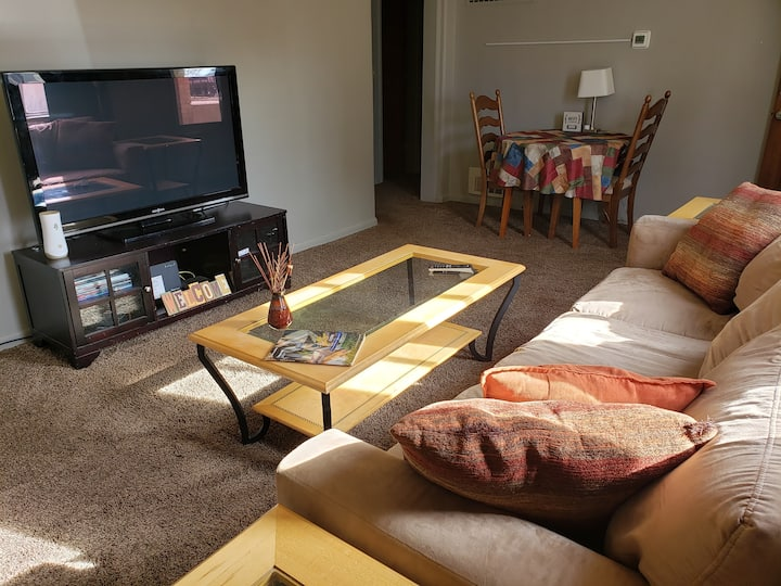 2 Bedroom with W&D - Perfect for Longer Stays