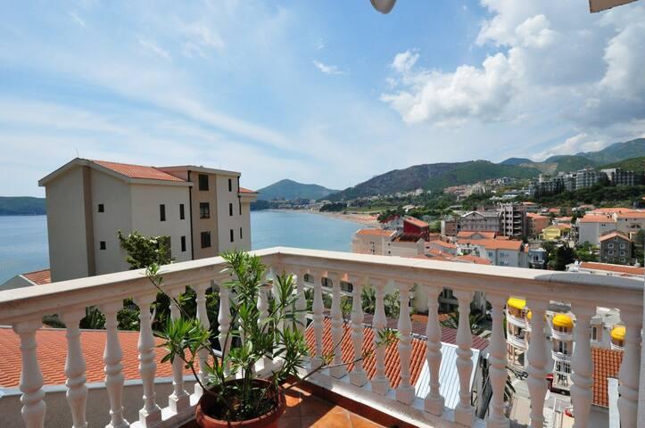 Great sea view 2 bedroom apartment - Rafailovići - Apartamento
