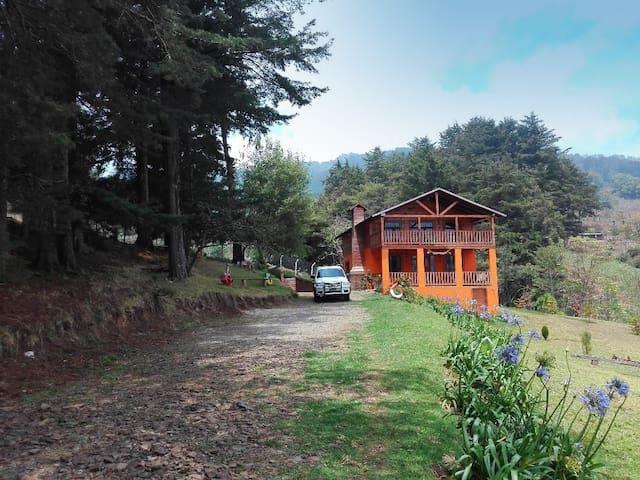 Pachamama Casa de Montaña (Casa Principal)