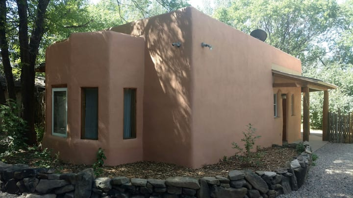 Charming Taos adobe casita