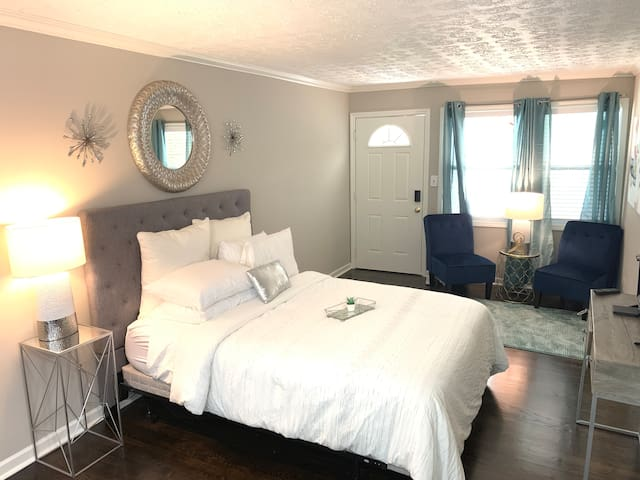 Luxury Suite-Walk to The Shops of Buckhead