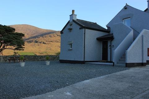 Gorse Hill Farm 4* Luxury cottage Mourne mountains