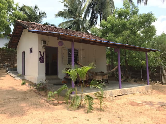 Lollipop House ~ holiday home away from home - Arugam Bay - House