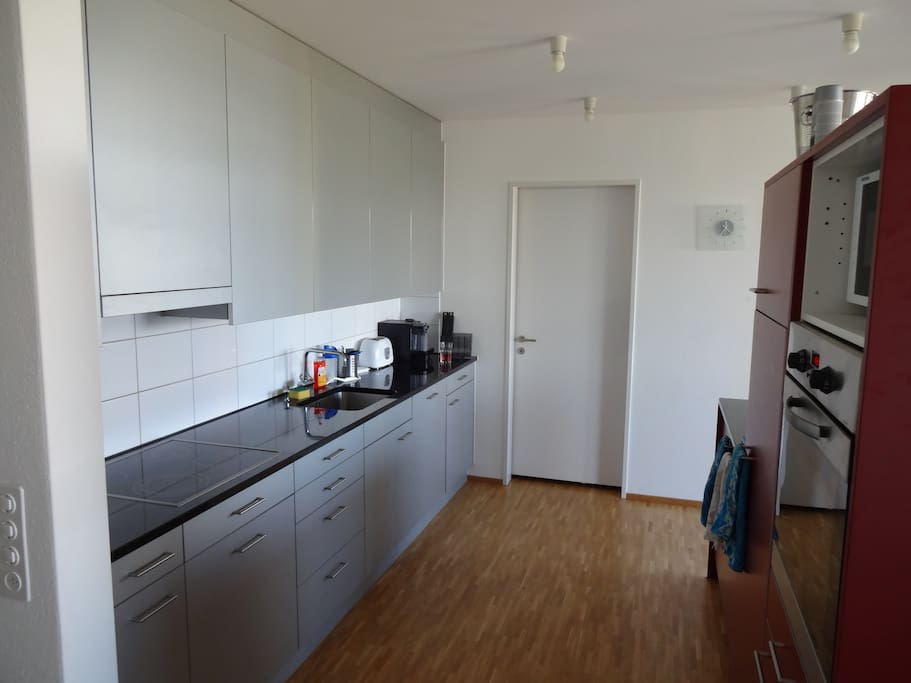 Private room and free usage of 145m2 big apartment apartamentos en alquiler en z rich z rich - Apartamentos zurich ...