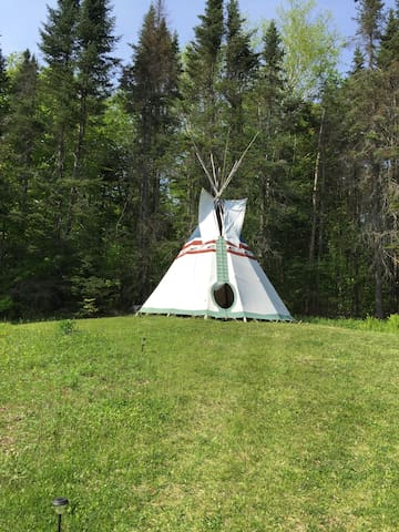 Tipi in Central Vermont(Strafford)