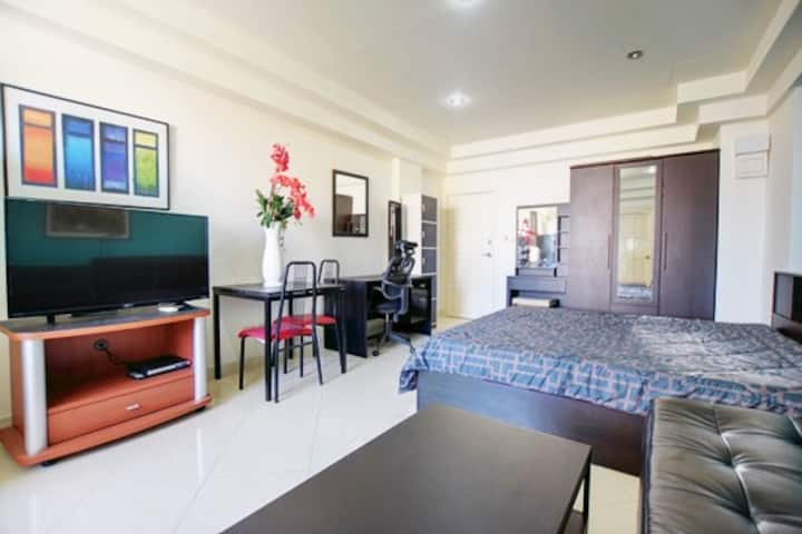 very quiet and renovated studio of Patong Beach