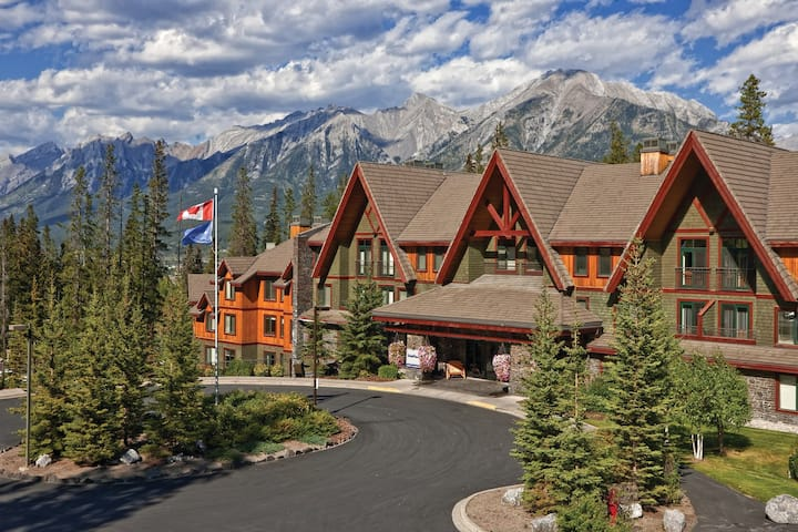 STUNNING STUDIO @ Beautiful Canmore - Banff Resort