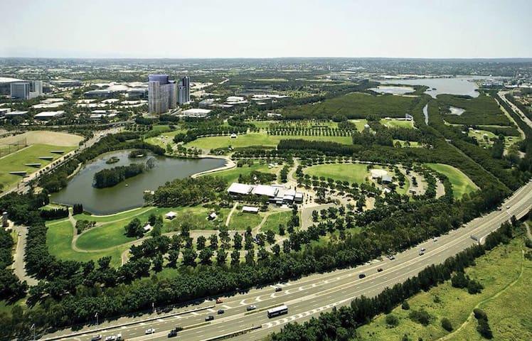 悉尼奥运村豪华公寓CBD市景海湾奥运主场馆180度View
