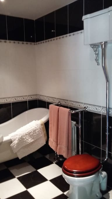 Edwardian style bathroom