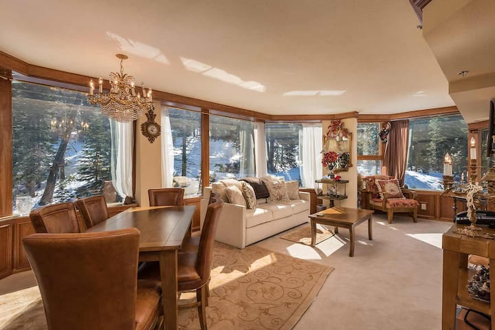 Italian Luxury Condo at Resort of Squaw Creek