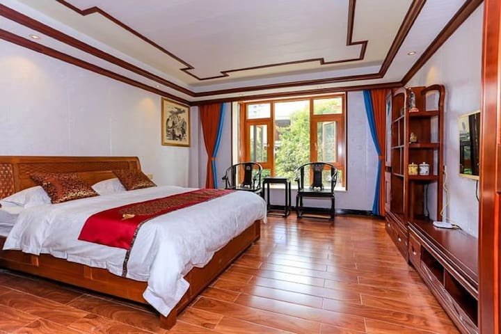 【红木之家】银滩名人花园别墅豪享大床房