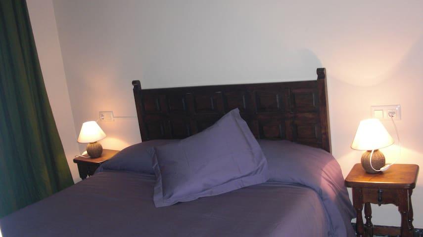 ROSA - La Vajol - Hotellipalvelut tarjoava huoneisto