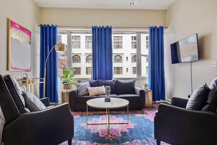 #1400 ELEGANT 2BD PENTHOUSE FRENCH QTR/CANAL ST