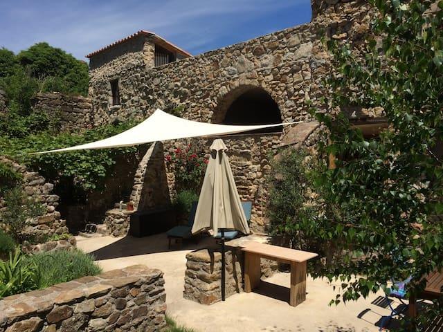 Maison DeRibot, Natursteinhaus in den Cévennen - Les Mages - Casa