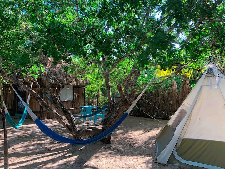 Tienda de acampar privada. Aldea Cabañas y Camping
