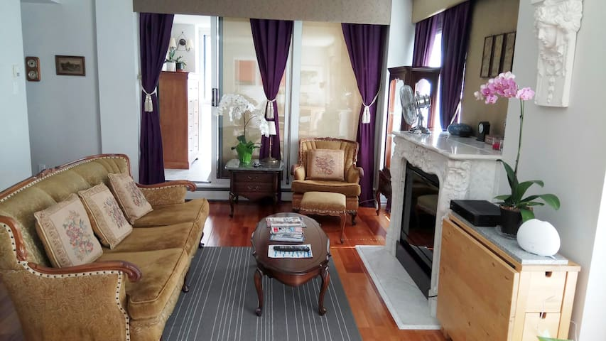 Convenient, Comfortable, and Stylish- Entire Suite