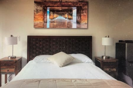 AUGUST SPECIAL only $79/N PRIVATE SUITE & BATHROOM