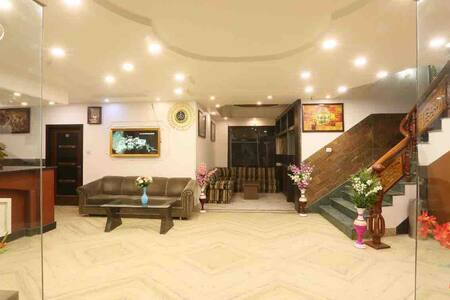 Hotel Katra residency