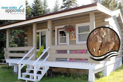 Deer - Grand River Cottage