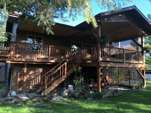 Montana - Lake Koocanusa Cabin