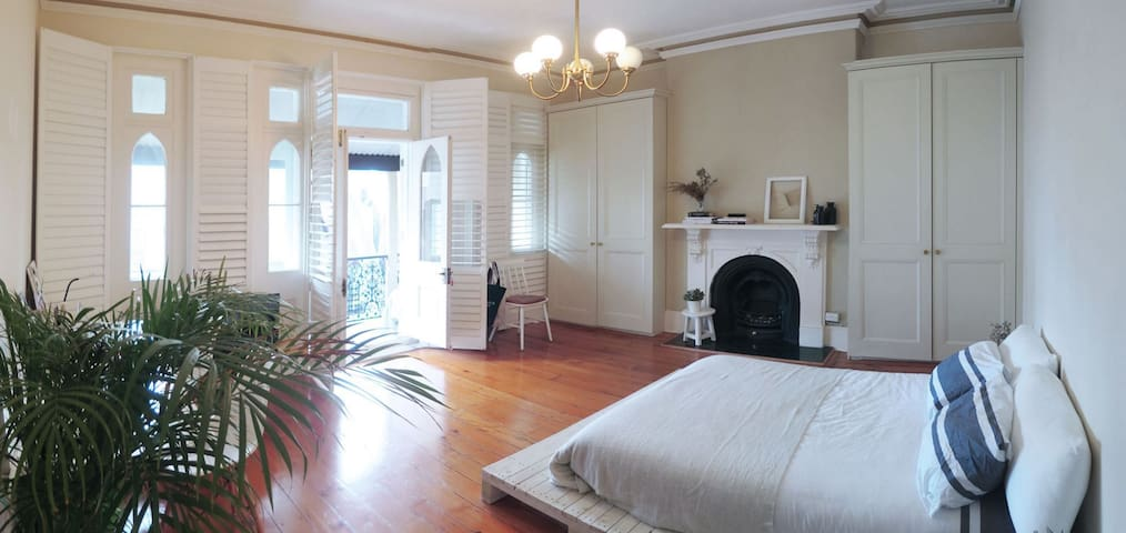 Beautiful double room in Potts Point - Potts Point - House
