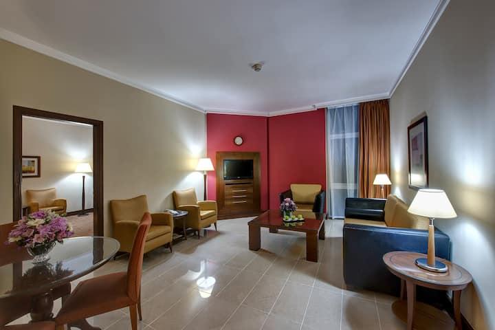 J5 RIMAL HOTEL APARTMENT,2 Bedroom Suite King/Twin
