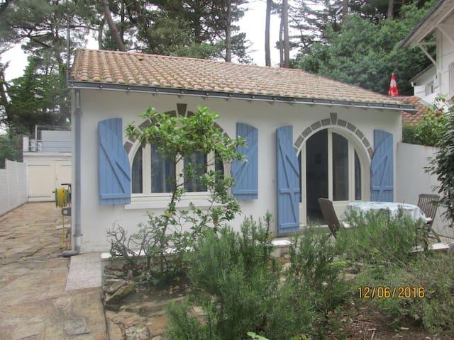 Maison indépendante avec jardin proche plage - La Baule-Escoublac - Hus