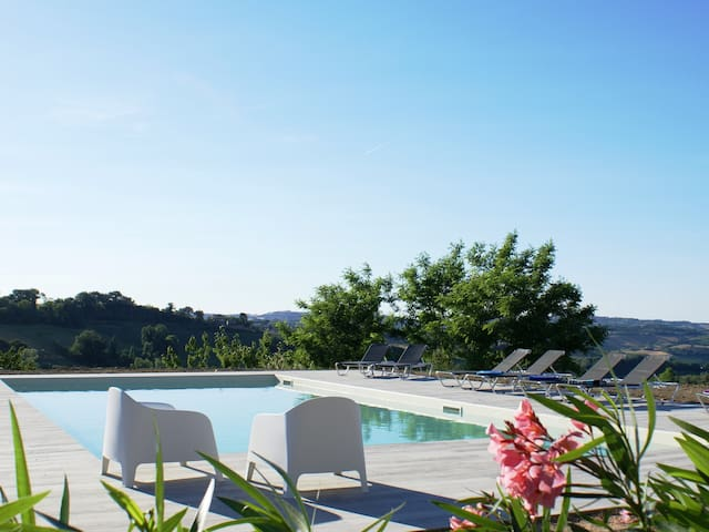 Glamping in Montottone, Marche, Italie
