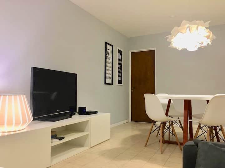 Depto de 2 dormitorios en Av Yrigoyen