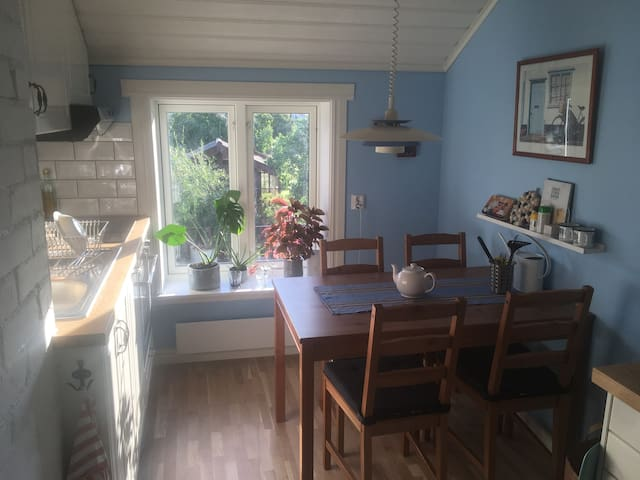 Cozy attic near Leksand town center and beach