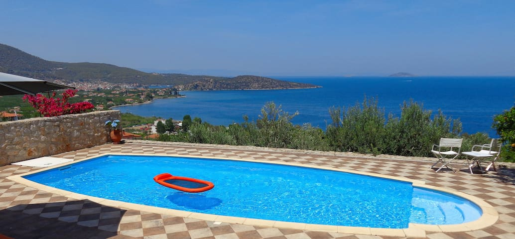 Private Sunny villa with Paradise view & Pool - Palaia Epidavros