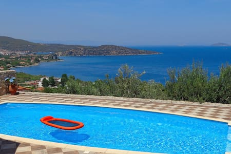 Private Sunny villa with Paradise view & Pool - Palaia Epidavros - Casa