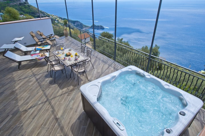VILLA IL CENTRO, FANTASTIC SEA VIEW TERRACE