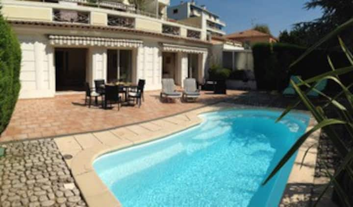 Stunning Villa Central Juan-Les-Pins, 8 people