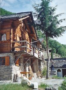 Schmuckes Ferienhaus im Calancatal - House