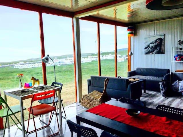 青海湖畔独特的度假客栈六人间,拥有极美景致的私享空间... - Hainan - Hus