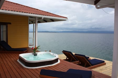Stunning Over the Water Home - Bocas del Toro - Haus