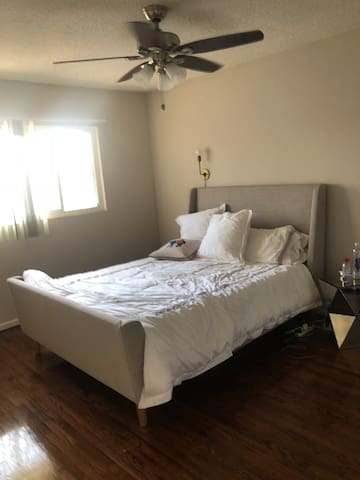 Private bedroom away from Living Room with Queen bed