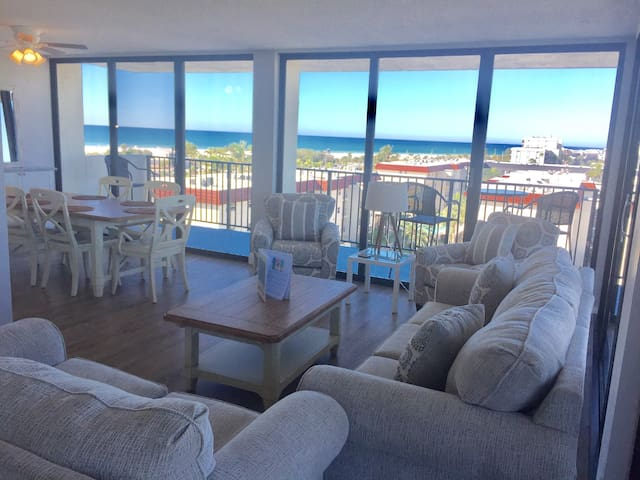 *NO GUEST SERVICE FEE* Our House at the Beach W-602 Beautiful updates &  beach view!