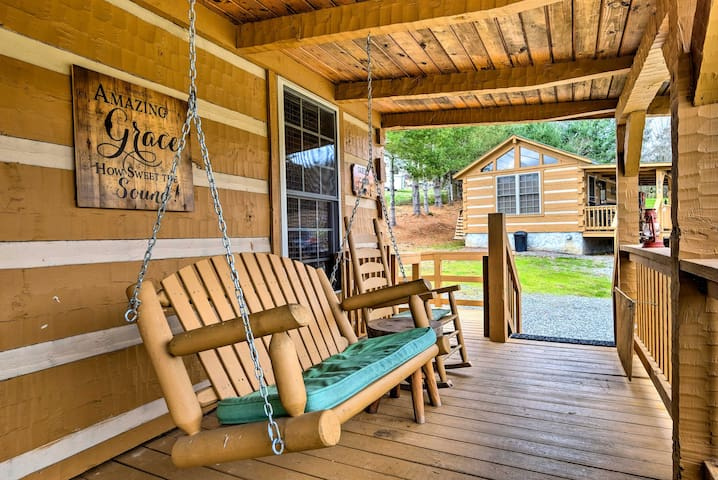 NEW! Wheelchair-Accessible Cabin on Cherokee Lake!