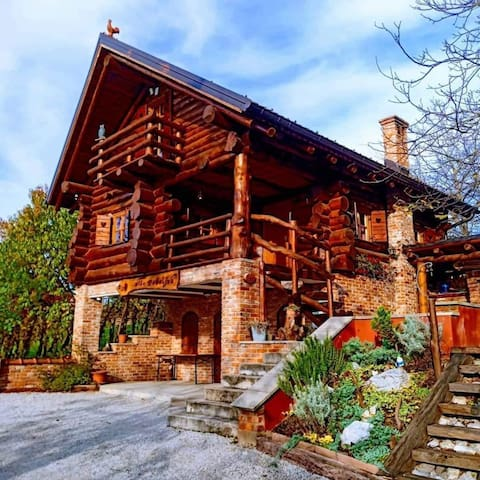 Wooden dream house Hiža Debeljak