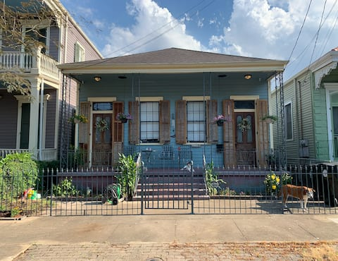 Historic Home with a View &  French Quarter Access