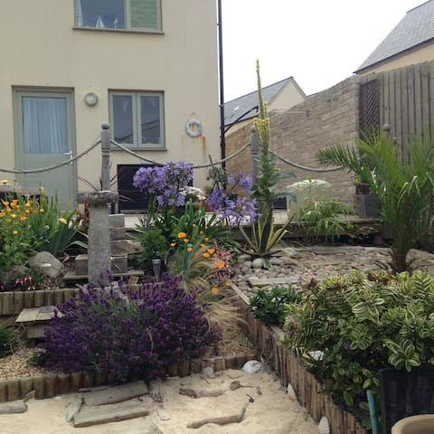 Coastal double room, nr Chesil beach
