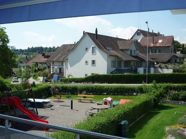 Modern 3.5room flat, 5min to Zug, 20min to Zurich