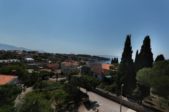 New amazing apartment with seaview, BBQ & terrace