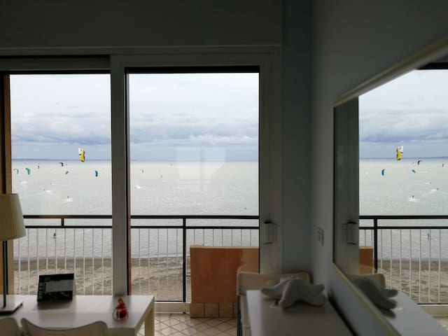 Stylish apartment-breathtaking sea-view all-around