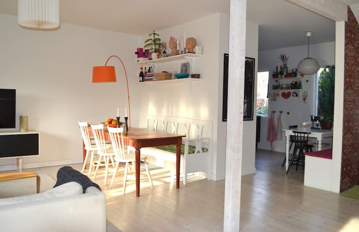 Townhouse perfect for families - Lidingö - Townhouse